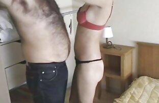 دختر fucks در یک پخش سکس کم حجم دختر و تقدیر در مهبل (واژن