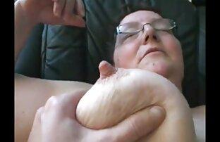 سینه کلان, آغشته دست خود را با خامه سایت فیلم سکسی کم حجم و یک دختر استمناء