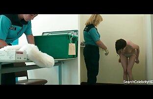 سینه کلان, جوجه دانلود فیلم سینمایی سکسی کم حجم mp4 بازی می کند با بیدمشک تراشیده
